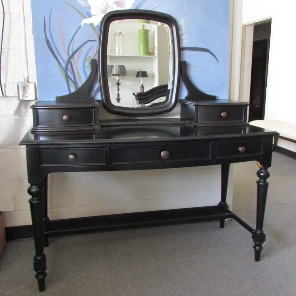Thomasville furniture felicity vanity desk and or mirror for Vanity desk no mirror